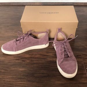 In Box Lucky Brand Lawove Suede Sneakers Shoes 7